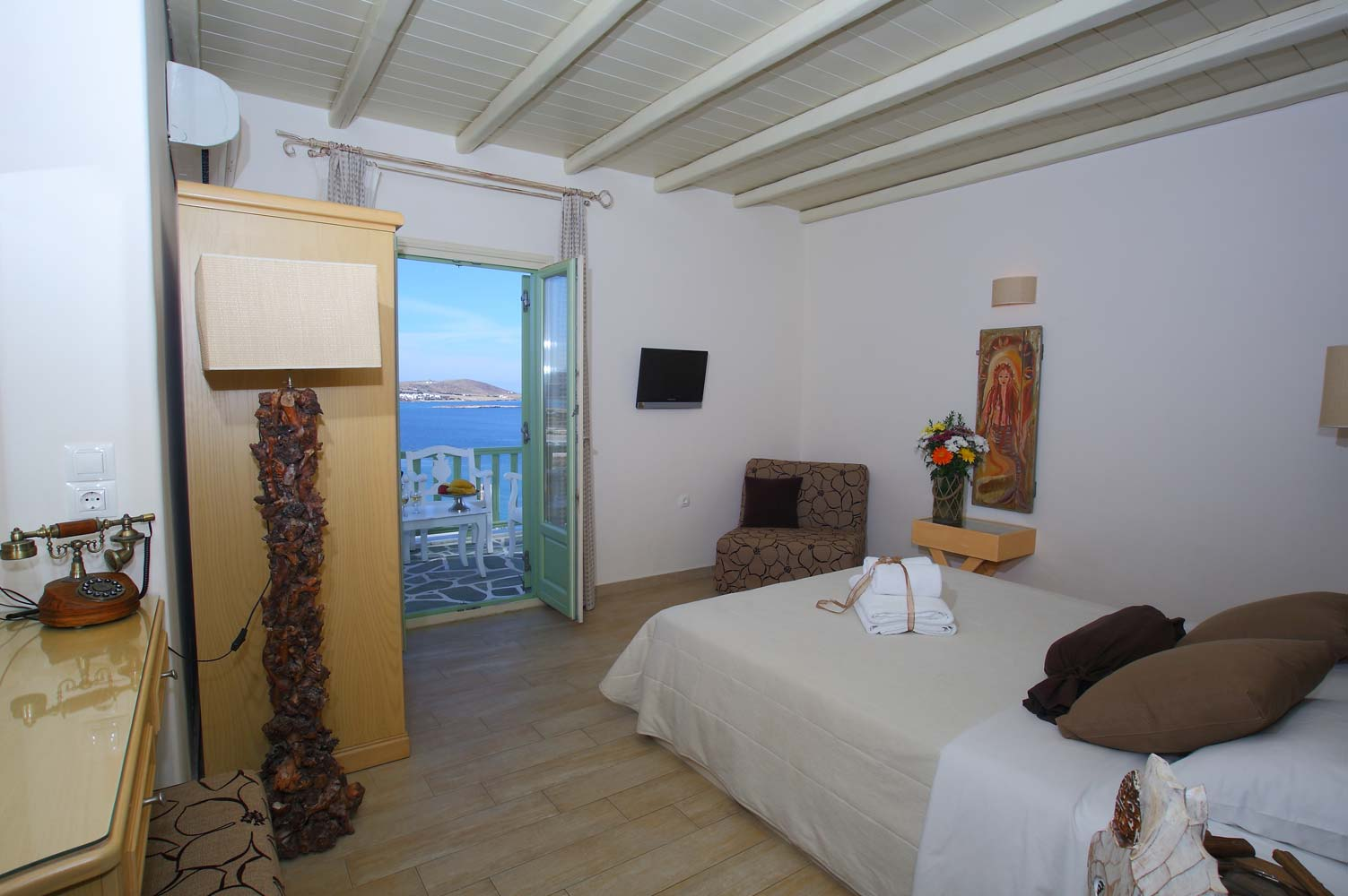 Room Size 20 square meters Bed Size